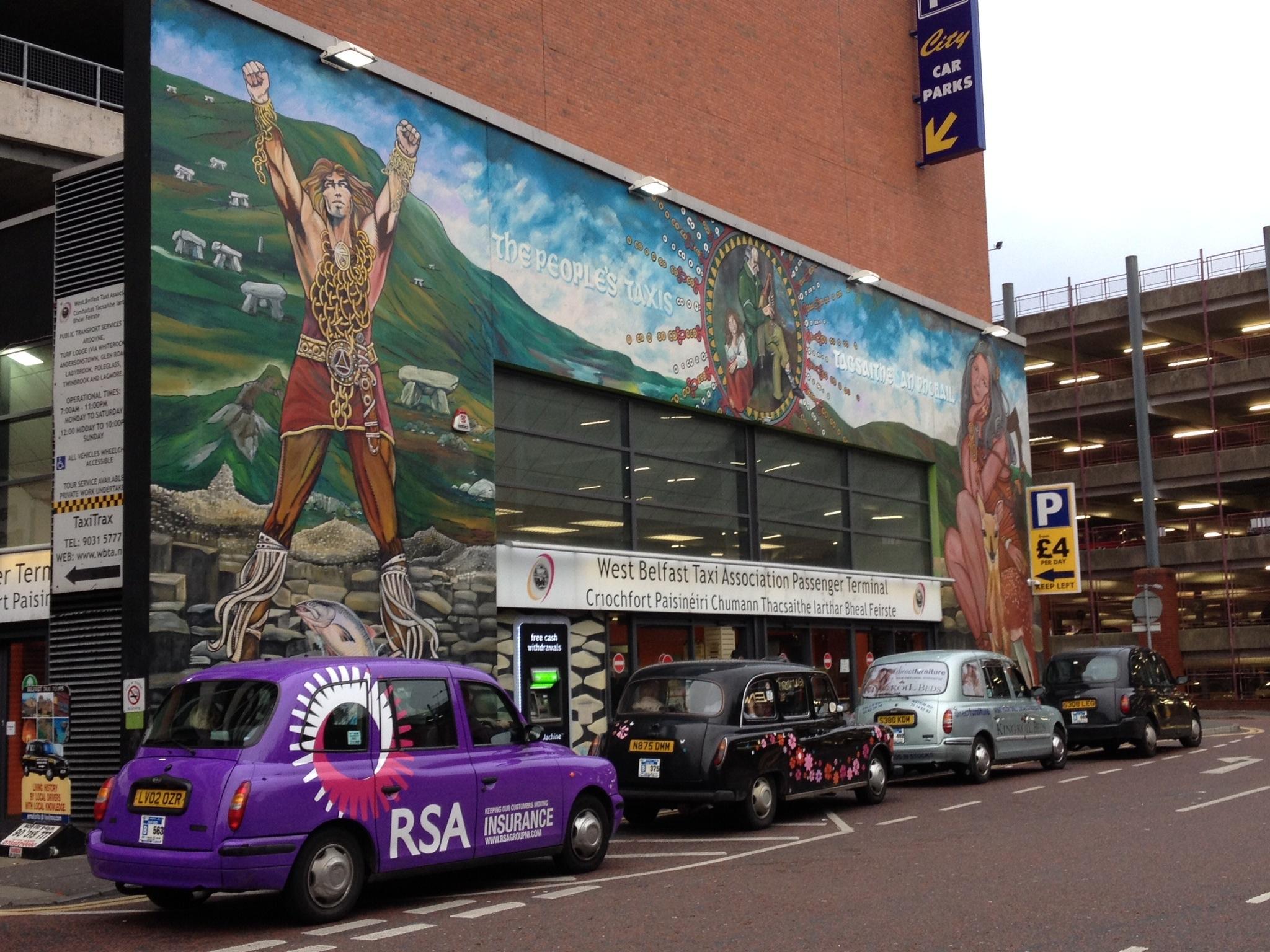 De dublin belfast 5 jours for Mural irlande
